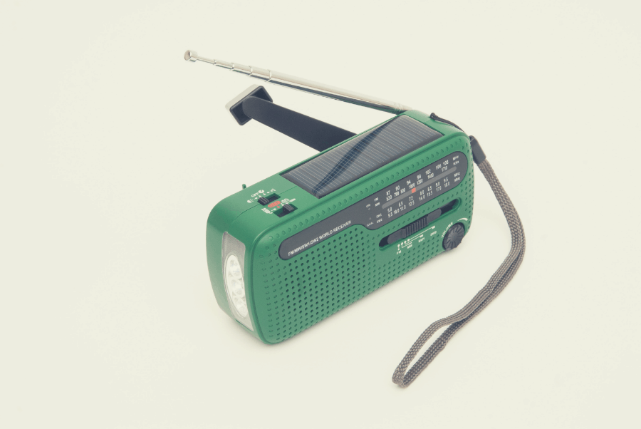 green hand crank solar emergency radio