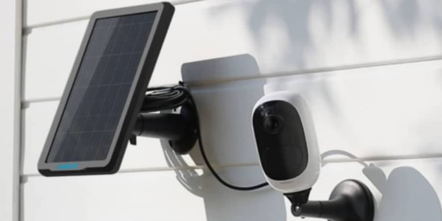 how a solar security camera works